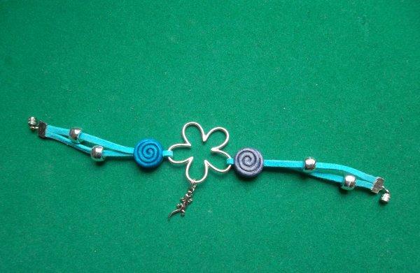petite fleur bleue cr ation de bijoux. Black Bedroom Furniture Sets. Home Design Ideas