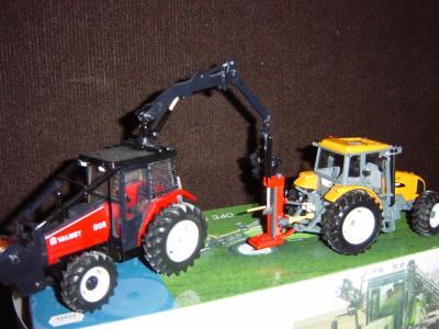 tracteur forestier miniature 1 32
