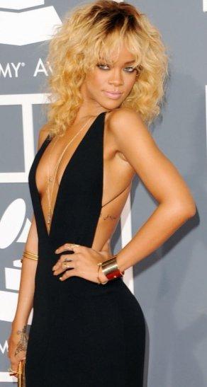 Rihanna au Grammy Award's (Magnifique *_*)