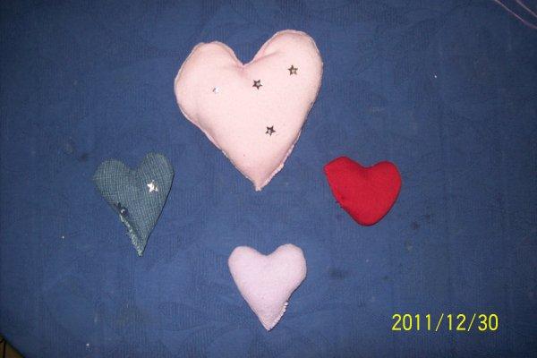 coussin en forme de coeur fait main