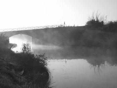 """2 -  """"Il suffit de passer le pont ... C'est tout de suite l'Aventure .... !""""                       Bienvenue sur le blog du jardinierdu82 !"""