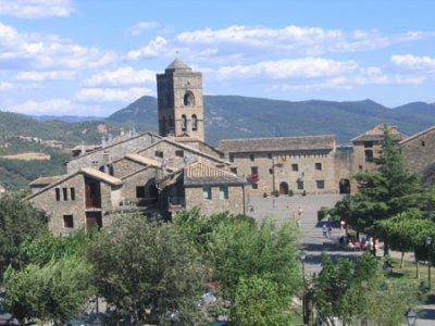 65.1 - Aïnsa en Aragon espagnol à 60 Kms de la France par le Tunnel d'Aragnouet / Bielsa