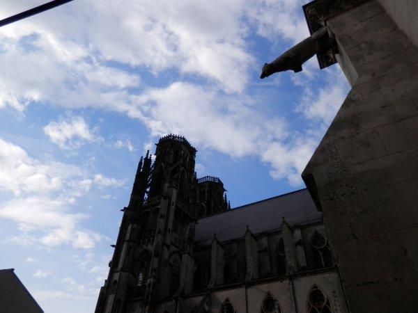 90.3 - Le Cloître  de la  cathédrale ST Etienne  de Toul des XIII & XIVèmes siècles.