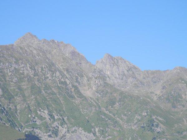 93.2 - Sous le beau ciel des belles Pyrénées...