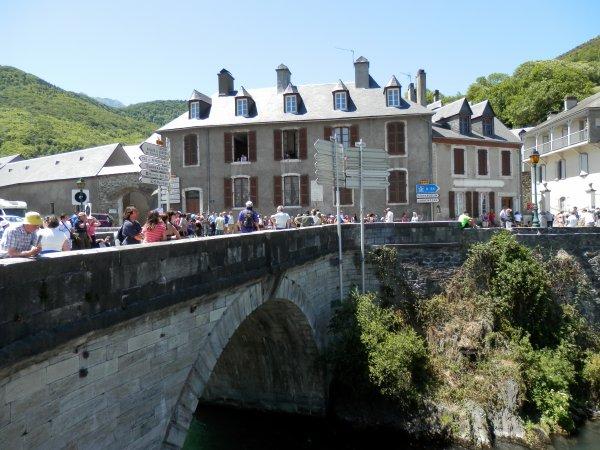 93.3 - Le tour de France entre les cols d'Aspin et Peyresourde...