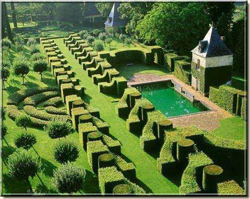 95 - Les Jardins du Manoir d'Eyrignac en Dordogne