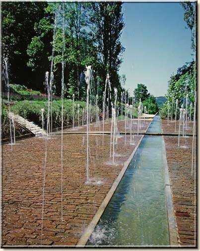 95.1 - Les jardins de l'imaginaire à Terrasson Lavilledieu (24)