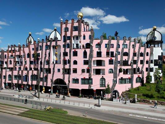 111 - Friedensreich Hundertwasser Artiste Humaniste Écologiste