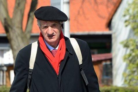 119.3  - Le député  Jean Lassalle lance un cri d'alarme sur la perte de confiance des Français (Extrait du Journal LIBERATION )