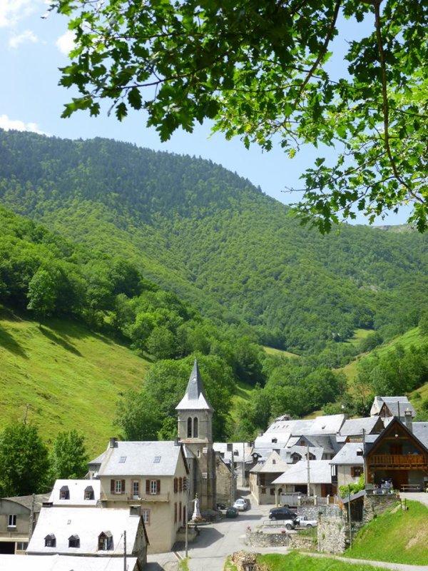 160.3 - Super rando à faire en Vallée d'Aure (65) :  Aspin Aure, col d'Aspin, Plo del Naou, Hourquette d'Arreau et retour Aspin Aure.
