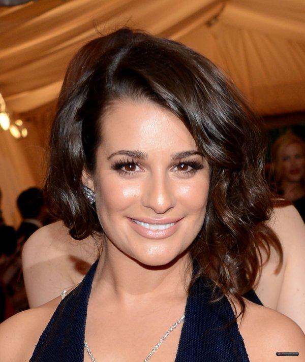 Lea Michele au MET Gala hier soir (07.05.2012) Lea est tout simplement SPLENDIDE !