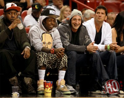 Photos: Lil Wayne Assis Courtside à deux Jeux Miami Heat On Jan 1st & 2nd