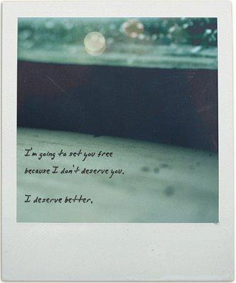 .  C'est pas comme si mon coeur devenait fou dès que je te vois. Non, c'est bien pire que ça. .