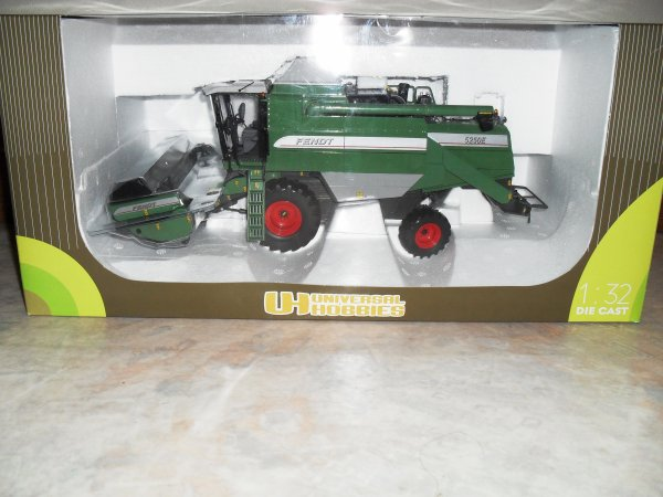 Moissonneuse Fendt 5250E