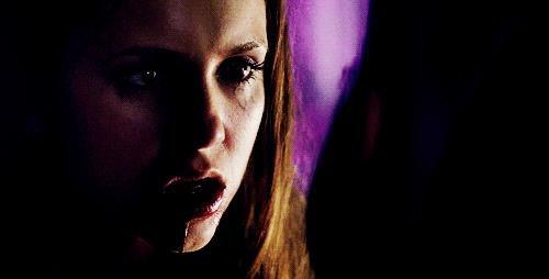 Eléna Gilbert  ( Vampire ) <3