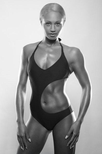 Fitness model : Ramona Valérie Alb
