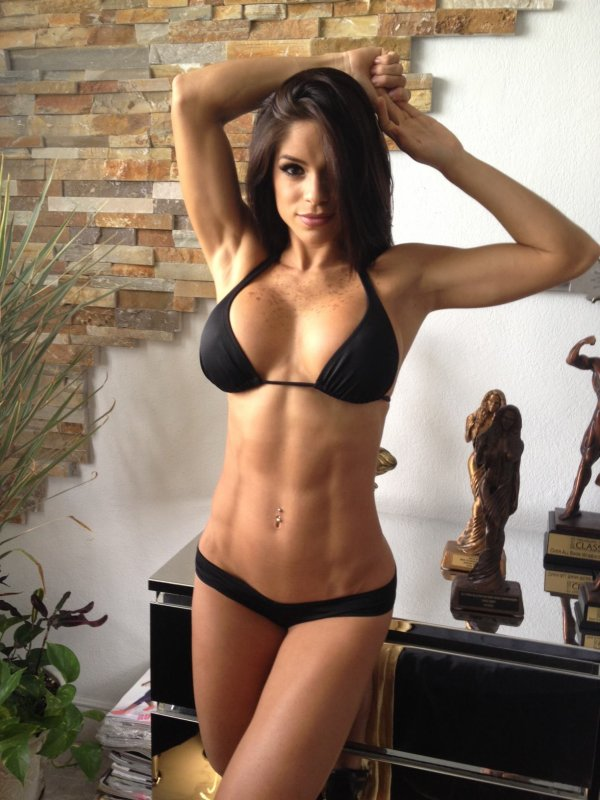 Fitspiration : Michelle Lewin.