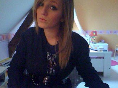 Anais .   17 ans . Lille . ♥