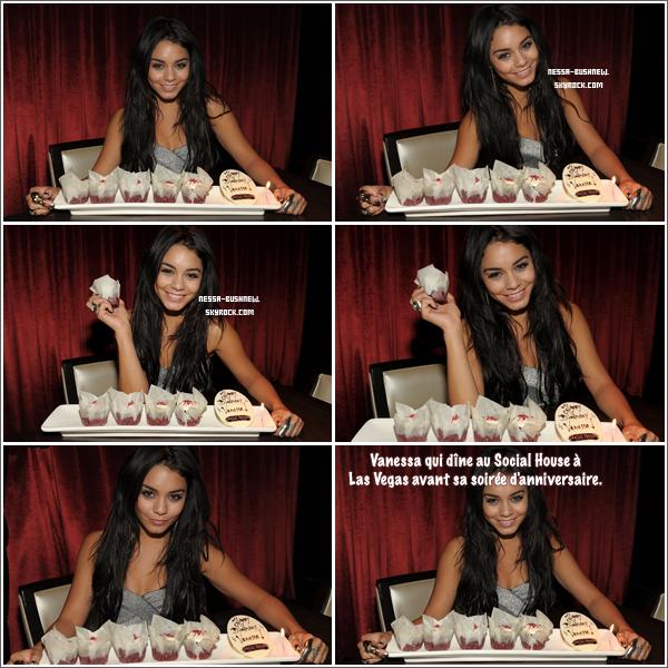 _ ♥ 18.12 : Vanessa qui célèbre ses 22 ans à Las Vegas ! Evénement organisé au Pure NightClub du Caesars Palace avec quelques amies proches et un public de fans. _