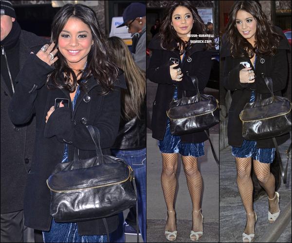 _ 03.03 : Vanessa continue la promotion et fait une pause shopping, toujours à New York. ♥
