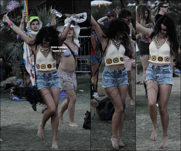 _ 17.04 : Vanessa au troisième jour du Coachella Music Festival avec Laura New et Josh.H à Indio.