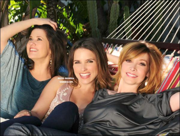 """_ Dévouvrez le photoshoot de Sophia et ses co-stars pour le magazine """"Coco Eco"""". Qu'en penses tu ? ♥ _"""