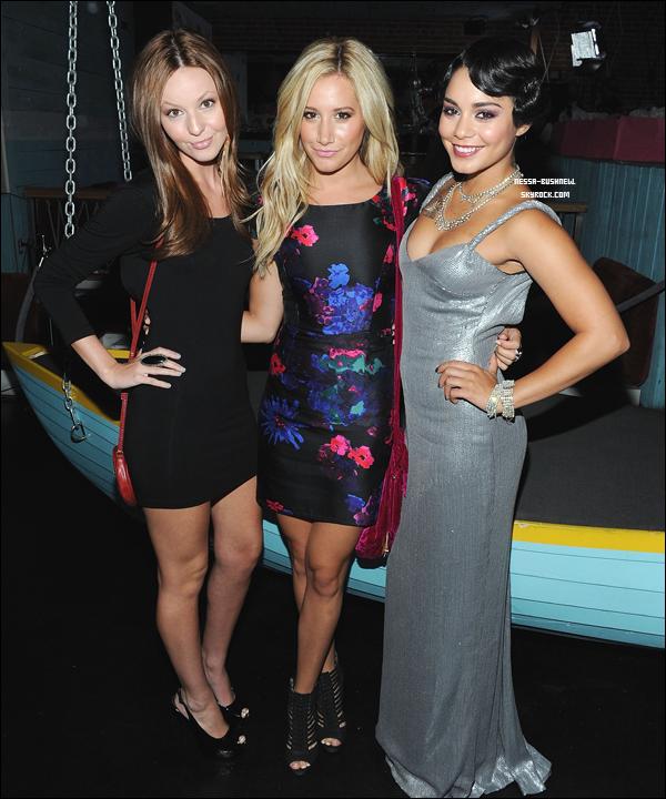 _ Vanessa à l'after party des MTV Movie Awards de Candie's dont elle était l'hôte le 28 août. Egérie de la marque, elle porte donc une robe de la collection Candie's. Ashley Tisdale et Laura New ont été invitées par Vanessa. _
