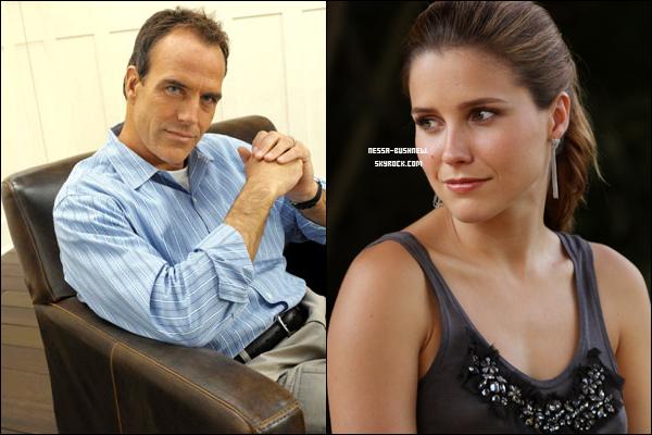 _ Richard Burgi intègre le cast de One Tree Hill en tant que père du personnage de Sophia ! La nouvelle a été annoncée il y a quelques jours, Richard Burgi (acteur de Desperate Housewives) sera présent pour la neuvième et dernière saison de One Tree Hill. Il jouera aux côtés de Sophia puisqu'il interprétera le rôle du père de son personnage, Brooke Davis. ________________________ Hâte de voir ce duo à l'écran ? ♥♥  _