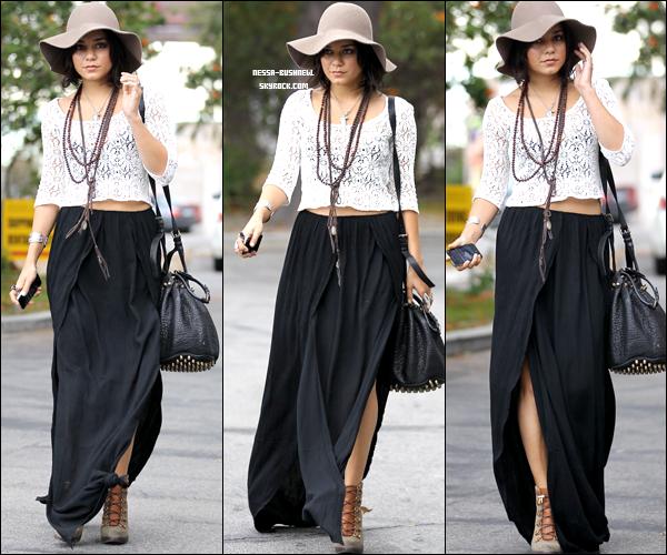 _ Vanessa de sortie dans Beverly Hills dans l'après midi du 30 septembre. ♥ ________Tu aimes sa tenue ?  _