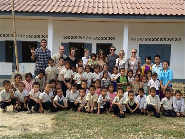 """_ Nouvel outtake du shoot pour """"Zooey Magazine"""". Photo de Sophia à Laos pour l'ouverture d'une école. _"""