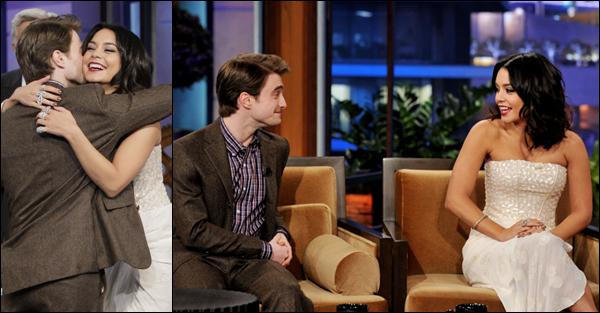 """_ Vanessa sur le plateau de """"Tonight show with Jay Leno"""" avec Daniel Radcliffe le 1er février. _"""
