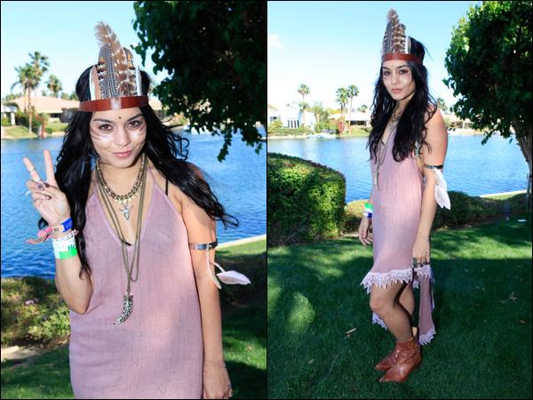 _ 15.04 : Vanessa au festival de Coachella à Indio avec Austin et des amies dont Kim Hidalgo. _