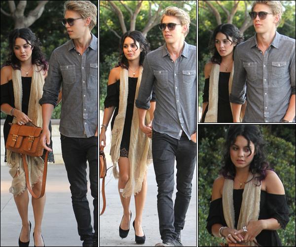 _ Vanessa et Austin Butler se rendant à une fête à Studio City dans la journée du 17 juin. _