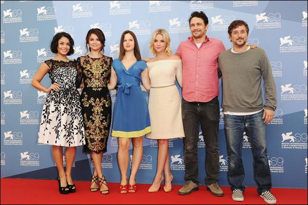 """_ Photocall de """"Spring Breakers"""" avec tout le cast du film réalisé après une conférence de presse en Italie. _"""