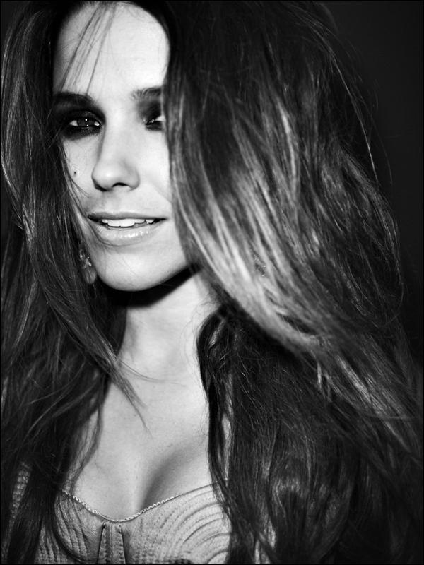 _ Outtakes du photoshoot de Sophia pour Davis Factor. ___________Les photos sont époustouflantes. ♥ _