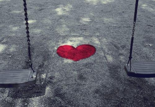 l'amour est source de vie sans lui la solitude nous bouffe !!!!