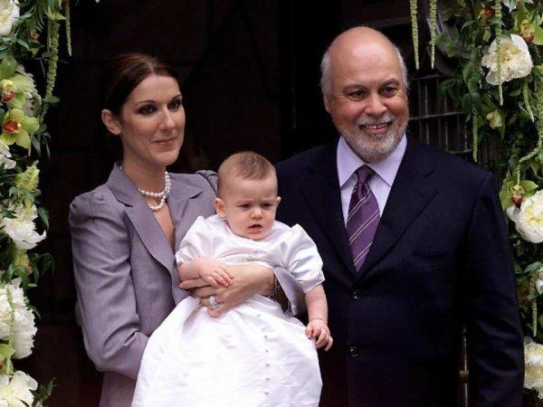 Le 25 Juillet 2001, Céline baptise René-Charles à la basilique Notre-Dame de Montréal.