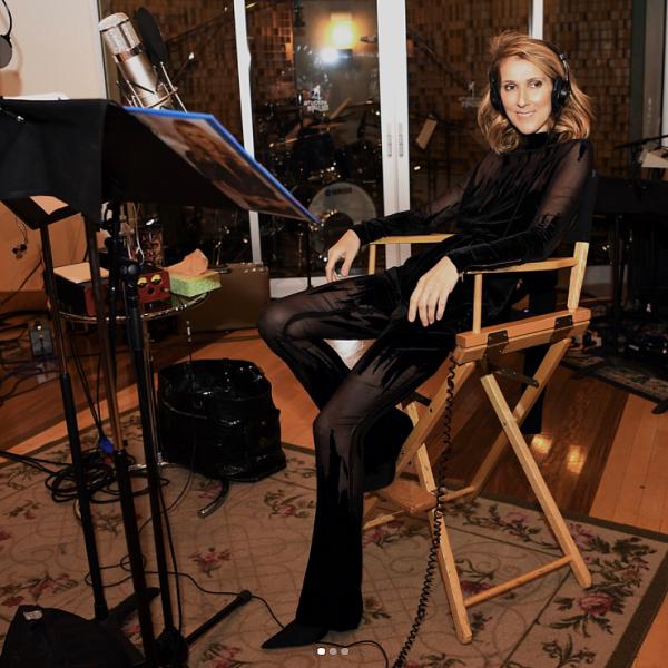 .  02/11/2017 : Céline en studio ♥    Photos trouvées sur l'instagram de Denise Truscello, photographe.[/font=Arial]    .