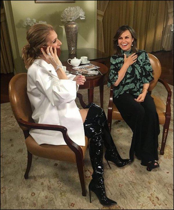 .  14/02/2018 : Une nouvelle photo de Céline pour une interview Australienne!  L'interview arrivera ce dimanche, ce look de déesse ♥  .