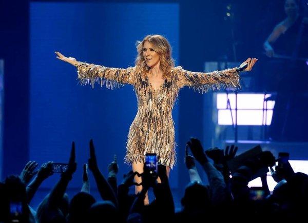 .  22/03/2018 : Céline ne fêtera pas ses 50 ans sur scène ... :(♥ C'est avec tristesse que Céline nous informe qu'elle ne pourra pas chanter en mars et avril!   .