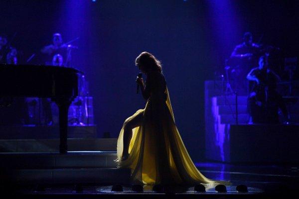 .  22/05/2018 :Céline remontait sur scène à Las Vegas Après son opération, Céline semble en pleine forme et chante à merveille comme toujours! ♥  .