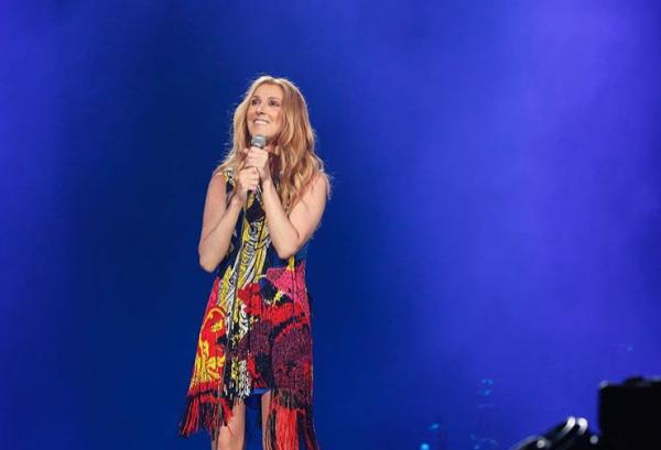 .  26/06/2018 :Céline débutait sa tournée estivale à Tokyo! Elle est resplendissante, ♥  .
