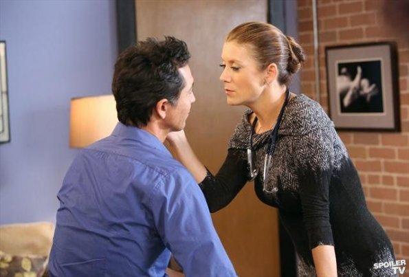 Grey's Anatomy, saison 9 : Addison pourrait faire son retour en 2013 ?