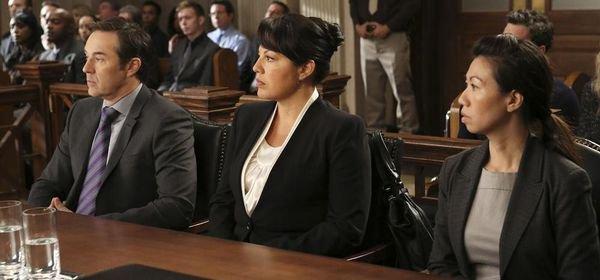 Grey's Anatomy, saison 10 : Jo sera obligée de témoigner contre Callie !