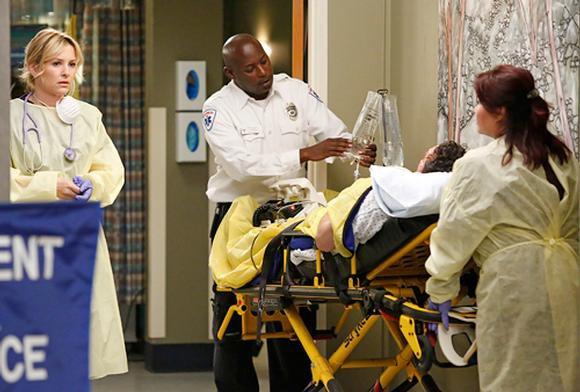 Grey's Anatomy, saison 10 : les premières images du final avec le FBI ! (photos)