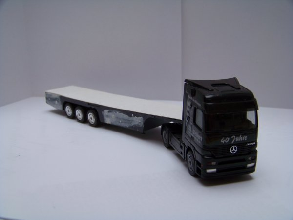 Modification d'une remorque d'un camion 1:87