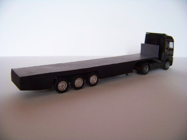 Fin de la Modification de la  remorque d'un camion 1:87