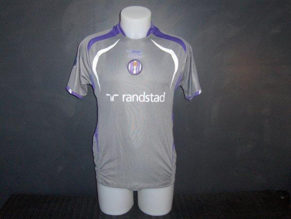 Maillot porté en Ligue 1 FEMININE saison 2009/2010