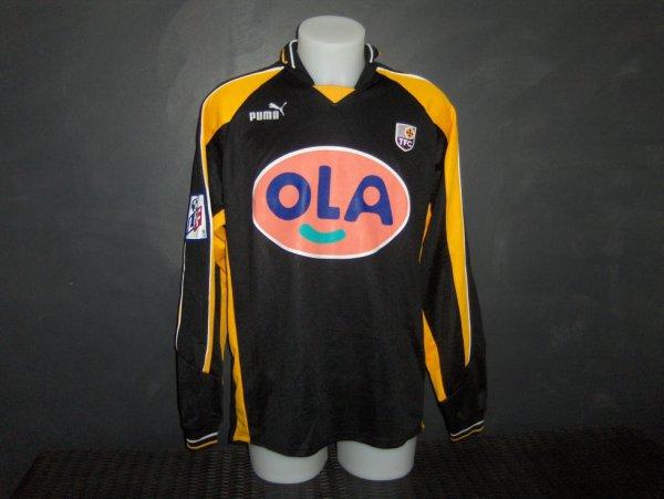 Maillot porté (ou préparé) pour Walther Torsthen lors de la saison 1999/200