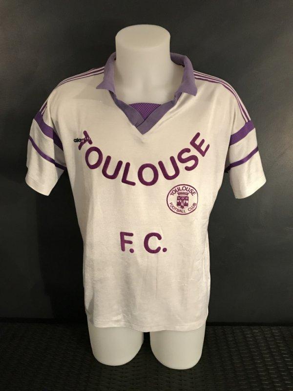 Maillot porté par Laurent Ceruti lors de la saison 1989/1990 en réserve (Division 3)